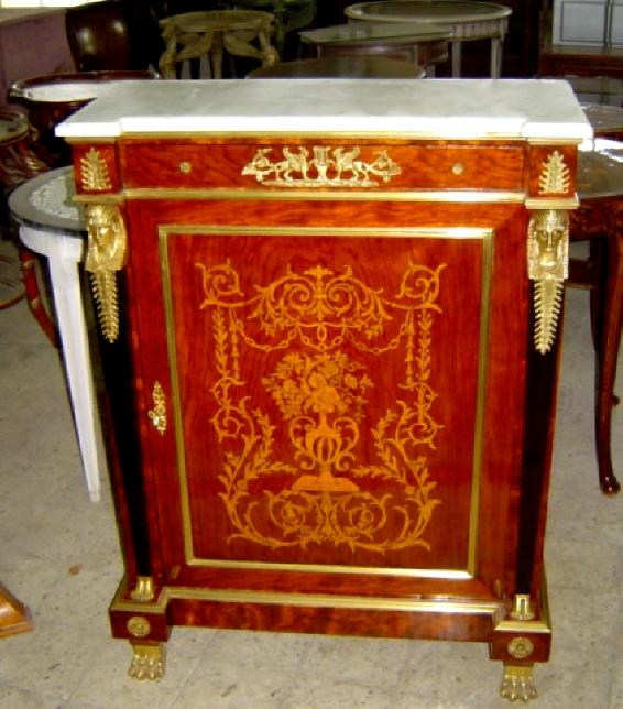 Stunning  chest Louis XV style Marble topped